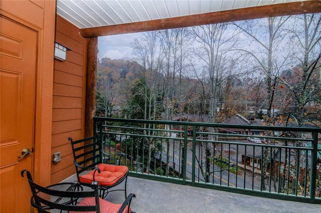 Photo of a Gatlinburg Condo named Baskins Creek 302 - This is the thirteenth photo in the set.