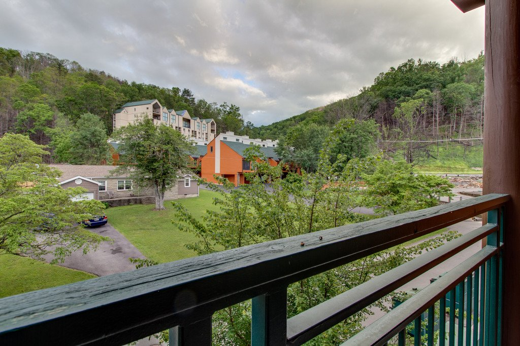 Photo of a Gatlinburg Condo named Baskins Creek 213 - This is the nineteenth photo in the set.