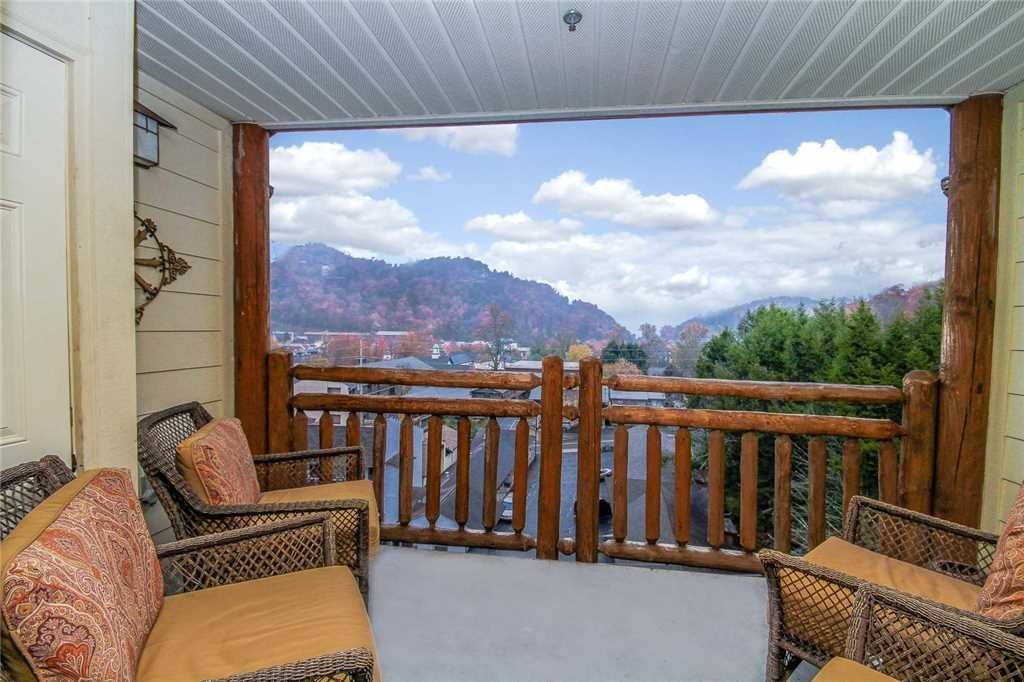 Photo of a Gatlinburg Condo named Baskins Creek 509 - This is the twentieth photo in the set.