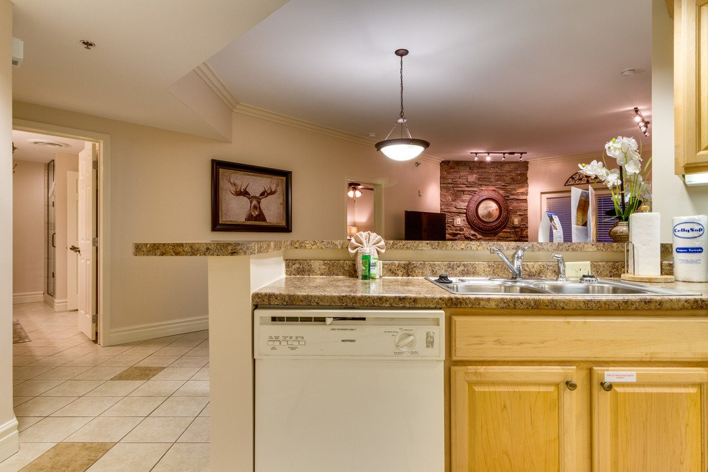 Photo of a Gatlinburg Condo named Baskins Creek 203 - This is the twenty-third photo in the set.