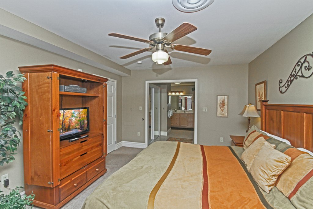 Photo of a Gatlinburg Condo named Baskins Creek 511 - This is the sixth photo in the set.