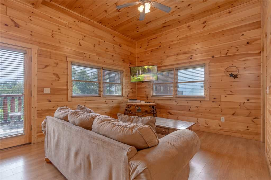 Photo of a Pigeon Forge Cabin named Starry Hope - This is the twenty-fifth photo in the set.