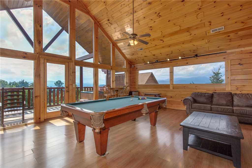 Photo of a Pigeon Forge Cabin named Starry Hope - This is the twenty-first photo in the set.