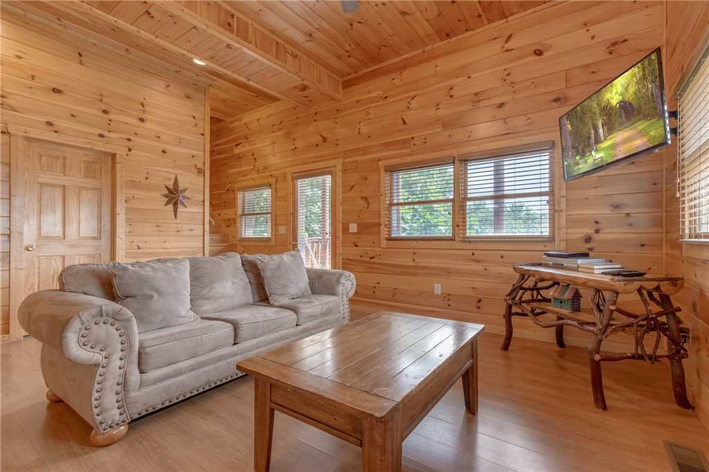 Photo of a Pigeon Forge Cabin named Starry Hope - This is the twenty-fourth photo in the set.