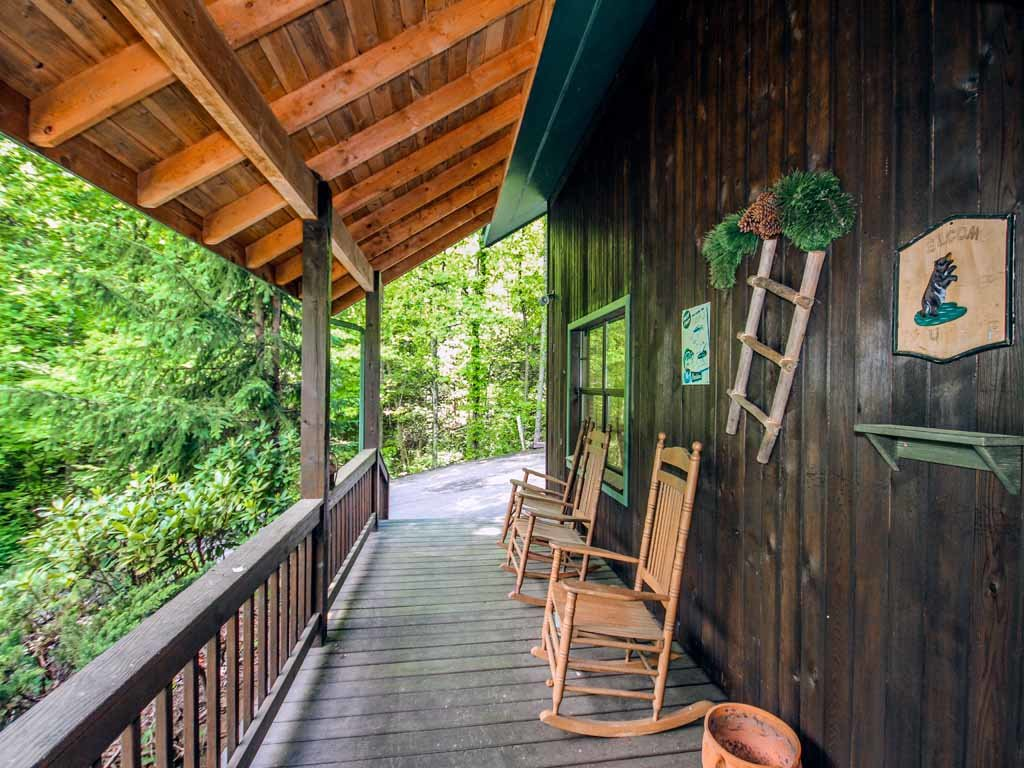 Photo of a Gatlinburg Cabin named Adventure Lodge - This is the thirtieth photo in the set.