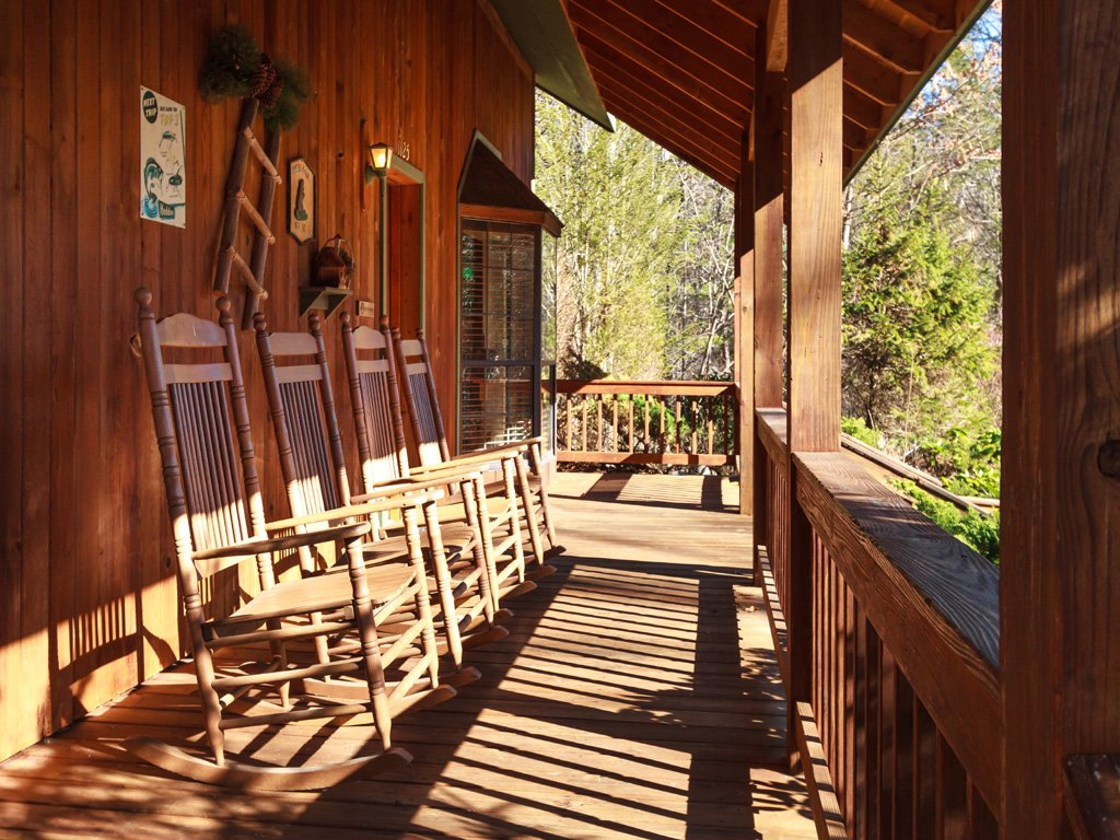 Photo of a Gatlinburg Cabin named Adventure Lodge - This is the twenty-ninth photo in the set.