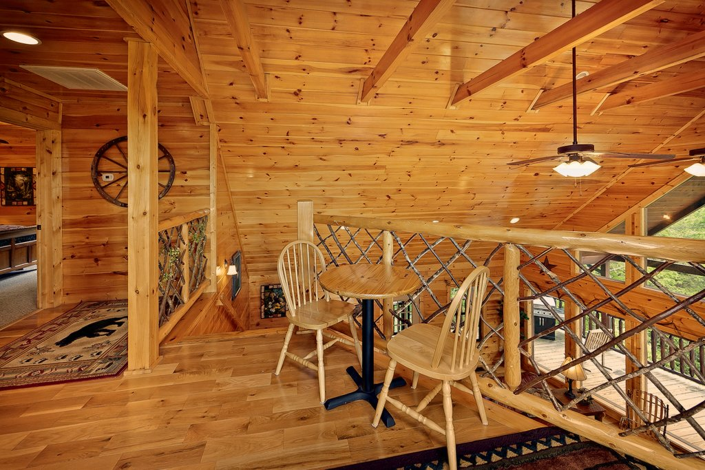Photo of a Gatlinburg Cabin named Knotty & Nice - This is the twelfth photo in the set.