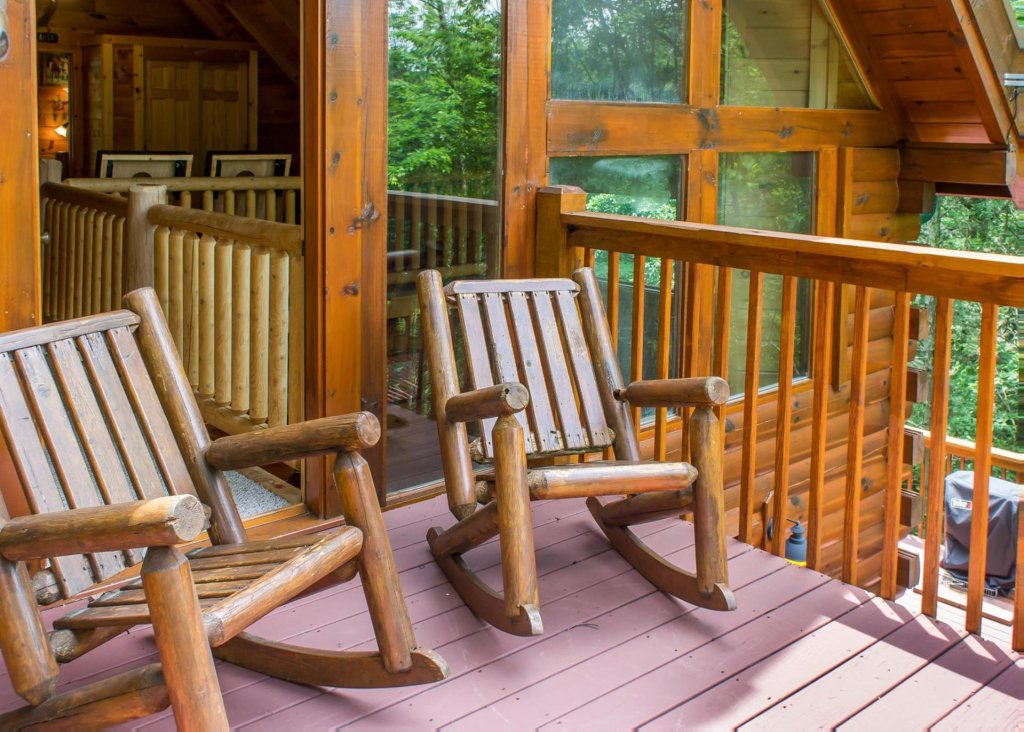 Photo of a Pigeon Forge Cabin named Southern Comfort #22 - This is the fifteenth photo in the set.