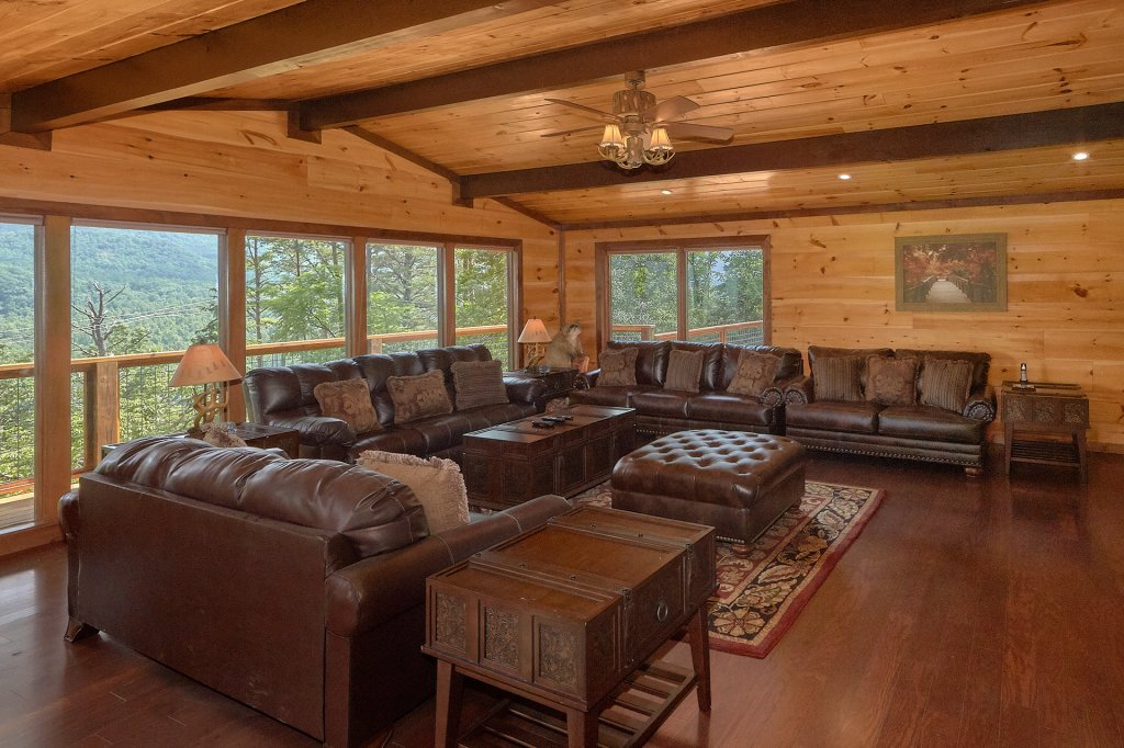 Photo of a Gatlinburg Cabin named This Magic Moment - This is the twenty-fourth photo in the set.