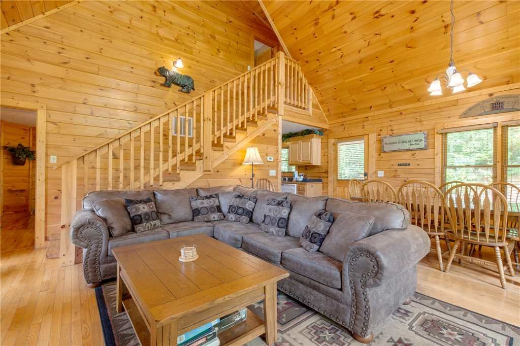 Photo of a Gatlinburg Cabin named Enchanted View Lodge - This is the third photo in the set.