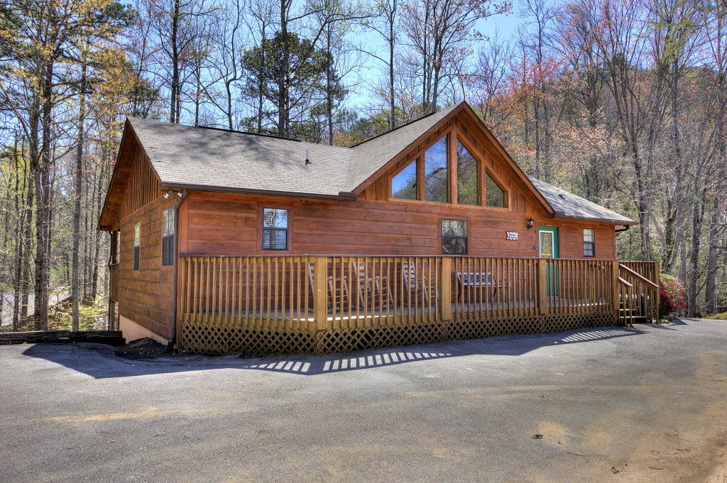 Photo of a Sevierville Cabin named Always Delightful #411 - This is the fourth photo in the set.