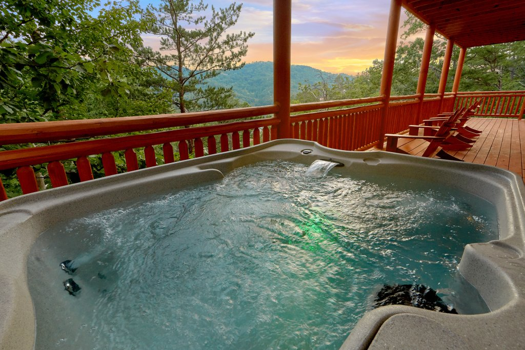 Photo of a Sevierville Cabin named Paradise Point Pool Lodge - This is the third photo in the set.