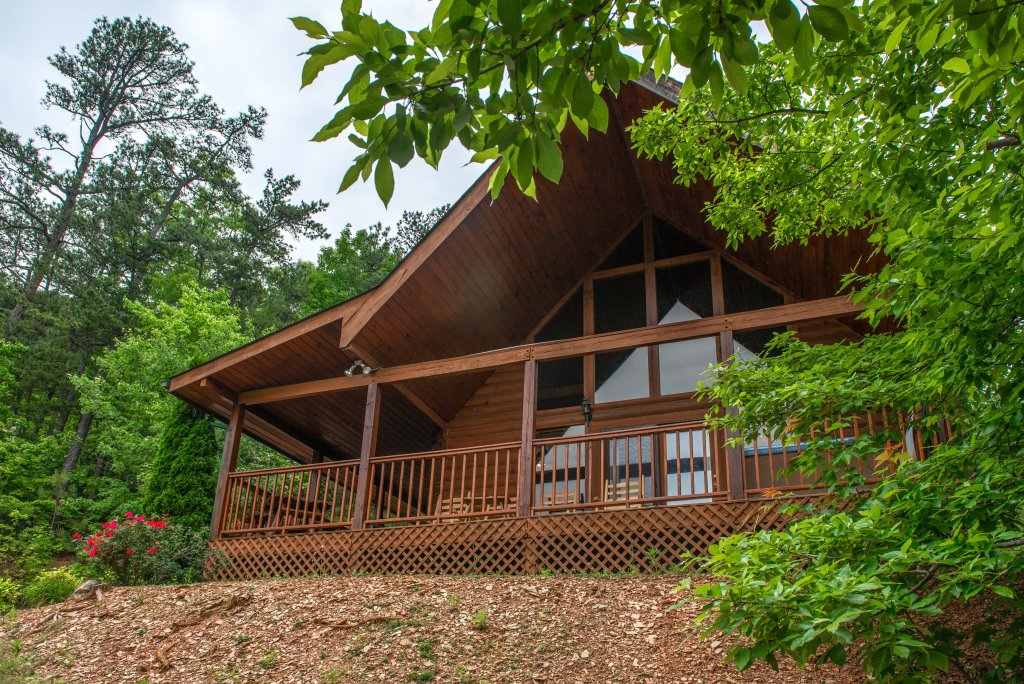 Photo of a Sevierville Cabin named Altitude Adjustment - This is the thirty-second photo in the set.