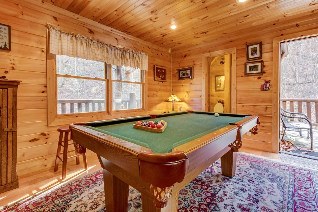 Photo of a Sevierville Cabin named Foxfire Cove Cabin - This is the seventh photo in the set.