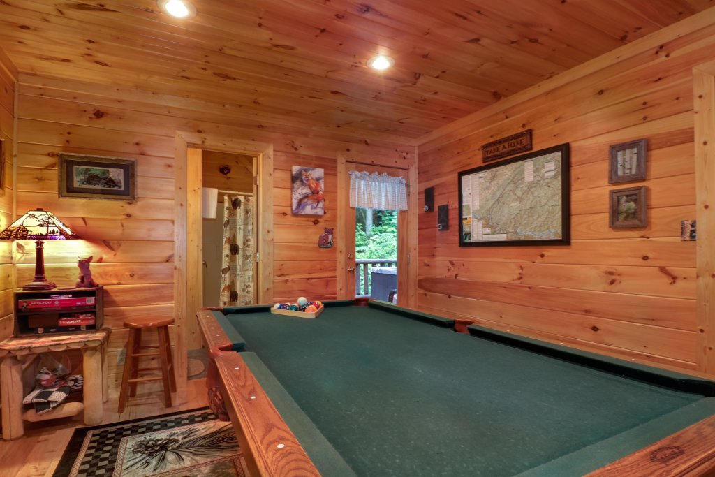 Photo of a Sevierville Cabin named Foxfire Cove Cabin - This is the twentieth photo in the set.