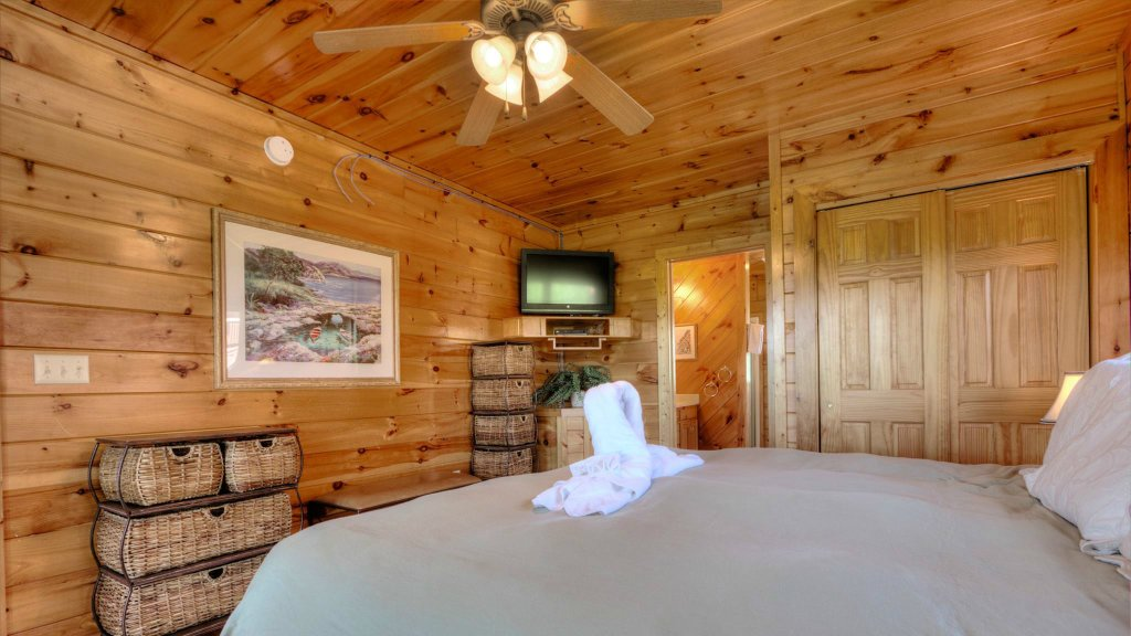 Photo of a Pigeon Forge Cabin named Villa Italia #425 - This is the seventh photo in the set.