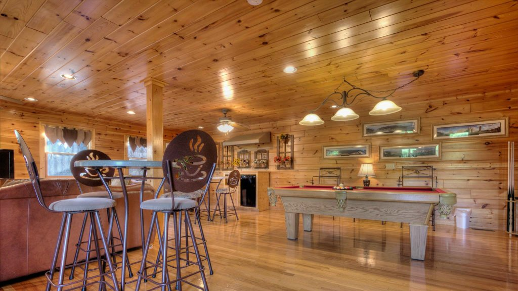 Photo of a Pigeon Forge Cabin named Villa Italia #425 - This is the fifteenth photo in the set.