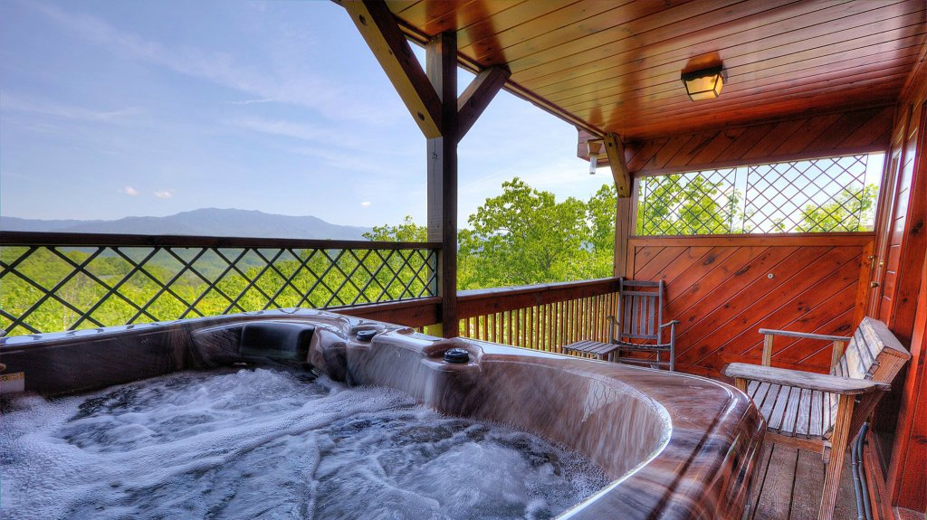 Photo of a Pigeon Forge Cabin named Villa Italia #425 - This is the second photo in the set.
