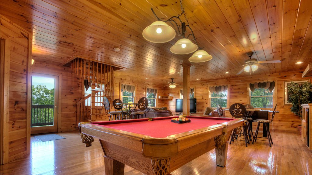 Photo of a Pigeon Forge Cabin named Villa Italia #425 - This is the twenty-first photo in the set.