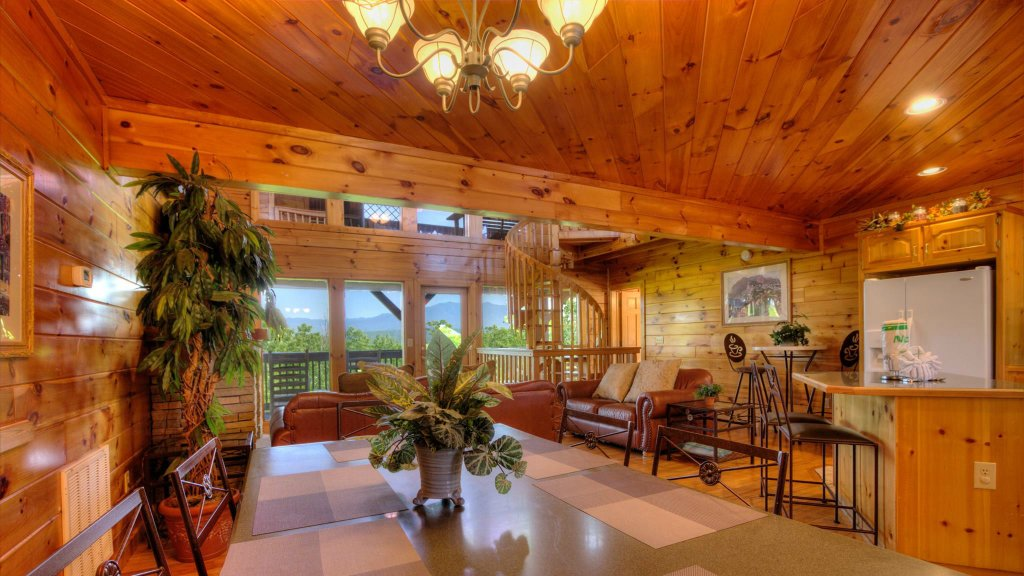 Photo of a Pigeon Forge Cabin named Villa Italia #425 - This is the sixteenth photo in the set.