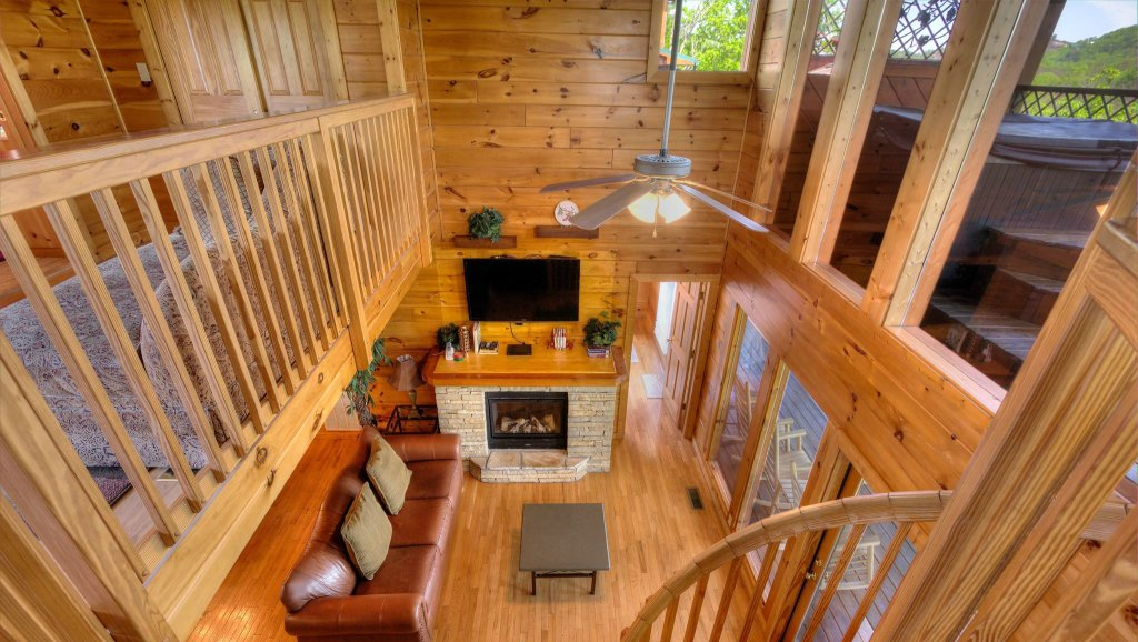 Photo of a Pigeon Forge Cabin named Villa Italia #425 - This is the twenty-eighth photo in the set.