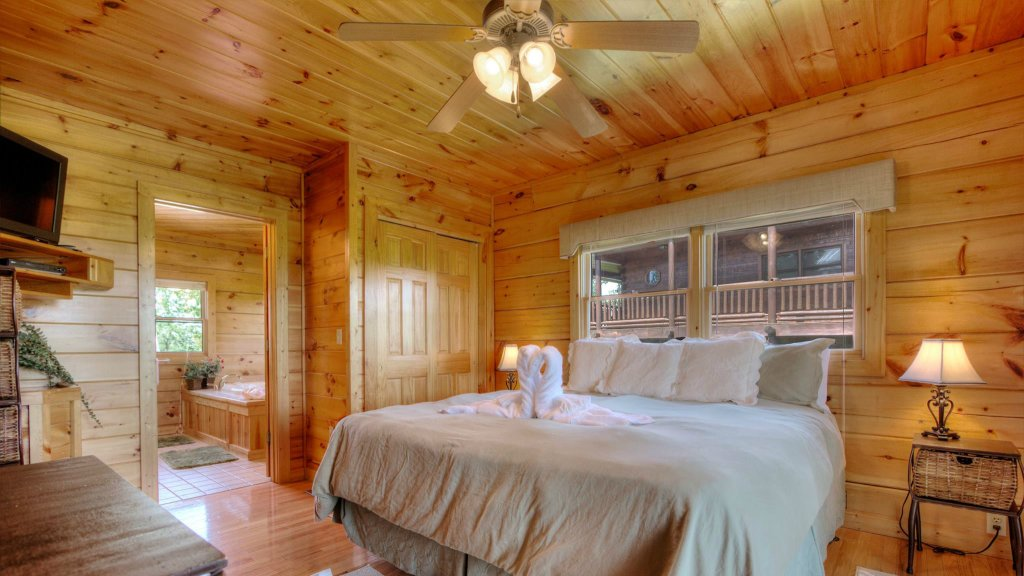 Photo of a Pigeon Forge Cabin named Villa Italia #425 - This is the eleventh photo in the set.