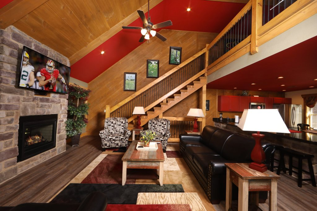 Photo of a Gatlinburg Cabin named Splash Mansion - This is the ninth photo in the set.