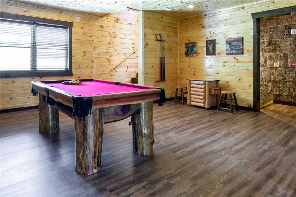 Photo of a Gatlinburg Cabin named The Big Poplar Retreat - This is the fourth photo in the set.
