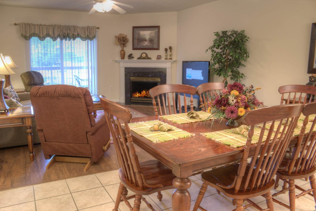 Photo of a Pigeon Forge Condo named Bear Crossing 201 - This is the first photo in the set.