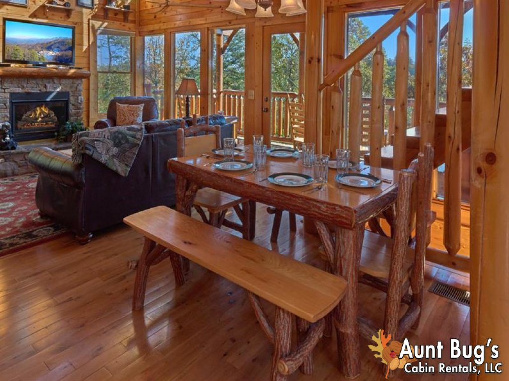 Photo of a Pigeon Forge Cabin named Incredible View - #326 - This is the seventh photo in the set.