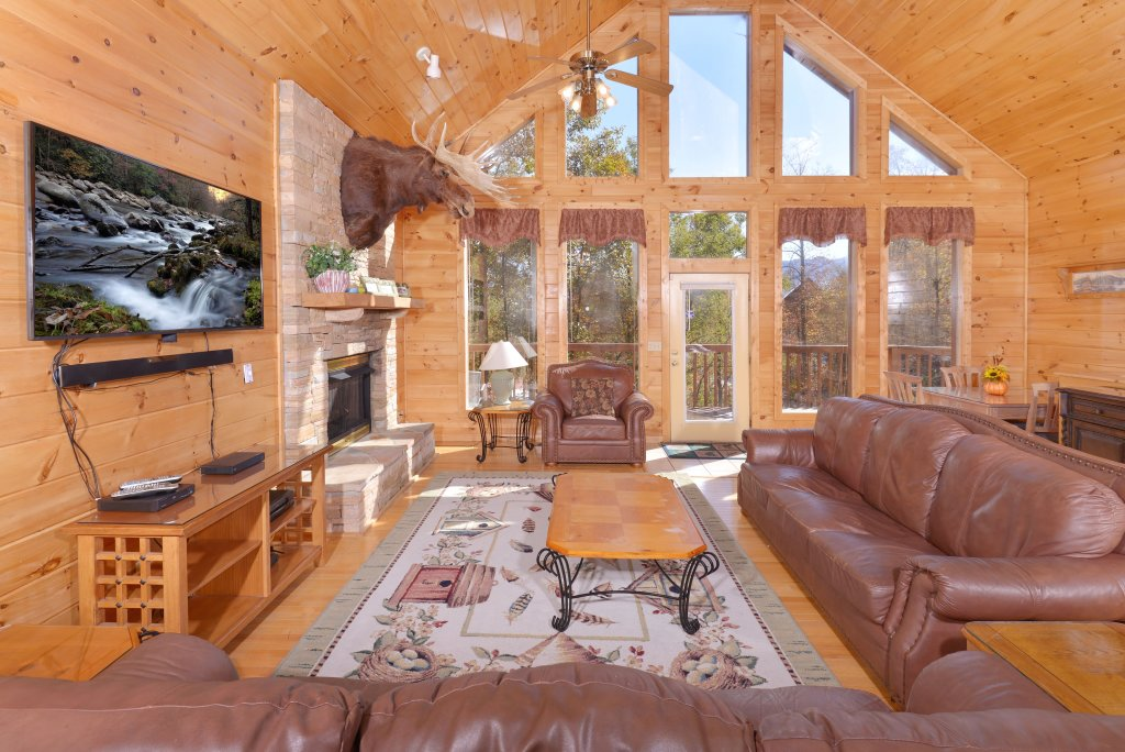 Photo of a Gatlinburg Cabin named Life Of Luxury #12 - This is the twentieth photo in the set.