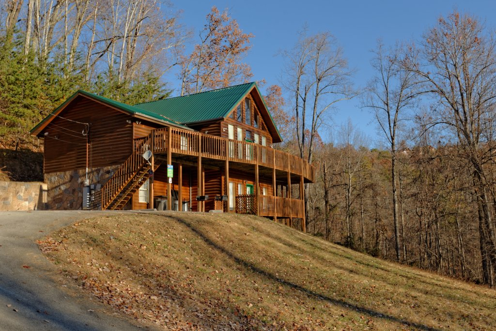 Photo of a Gatlinburg Cabin named Life Of Luxury #12 - This is the eighth photo in the set.