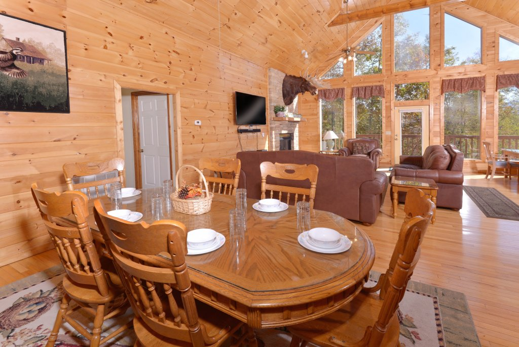 Photo of a Gatlinburg Cabin named Life Of Luxury #12 - This is the fifteenth photo in the set.