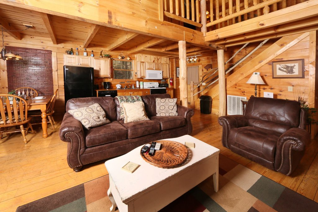 Photo of a Pigeon Forge Cabin named A Bit Of Heaven #252 - This is the twelfth photo in the set.
