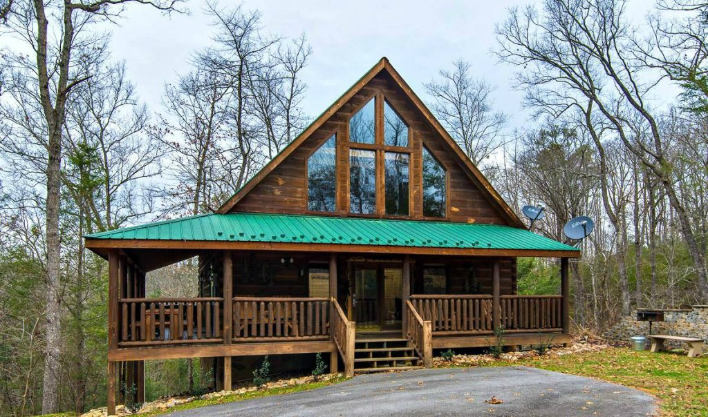 Photo of a Gatlinburg Cabin named A Beary Tale #258 - This is the first photo in the set.
