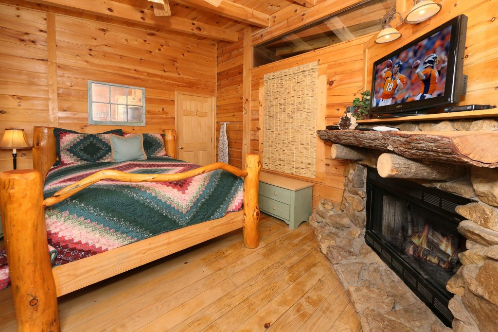 Photo of a Pigeon Forge Cabin named A Bit Of Heaven #252 - This is the thirteenth photo in the set.