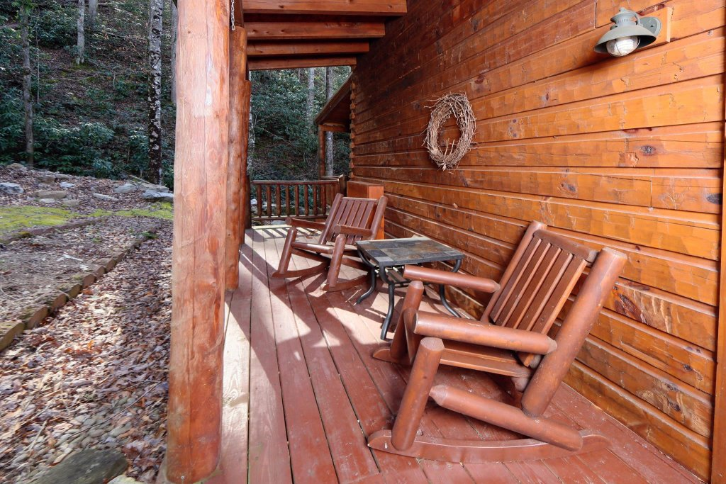 Photo of a Pigeon Forge Cabin named A Bit Of Heaven #252 - This is the twenty-fourth photo in the set.