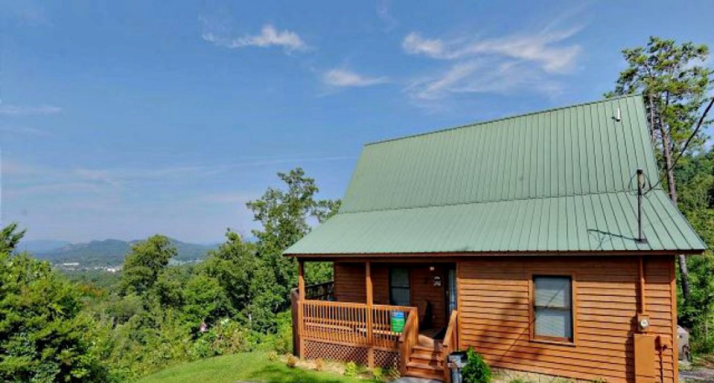 Photo of a Pigeon Forge Cabin named A Grand View From Above #225 - This is the second photo in the set.