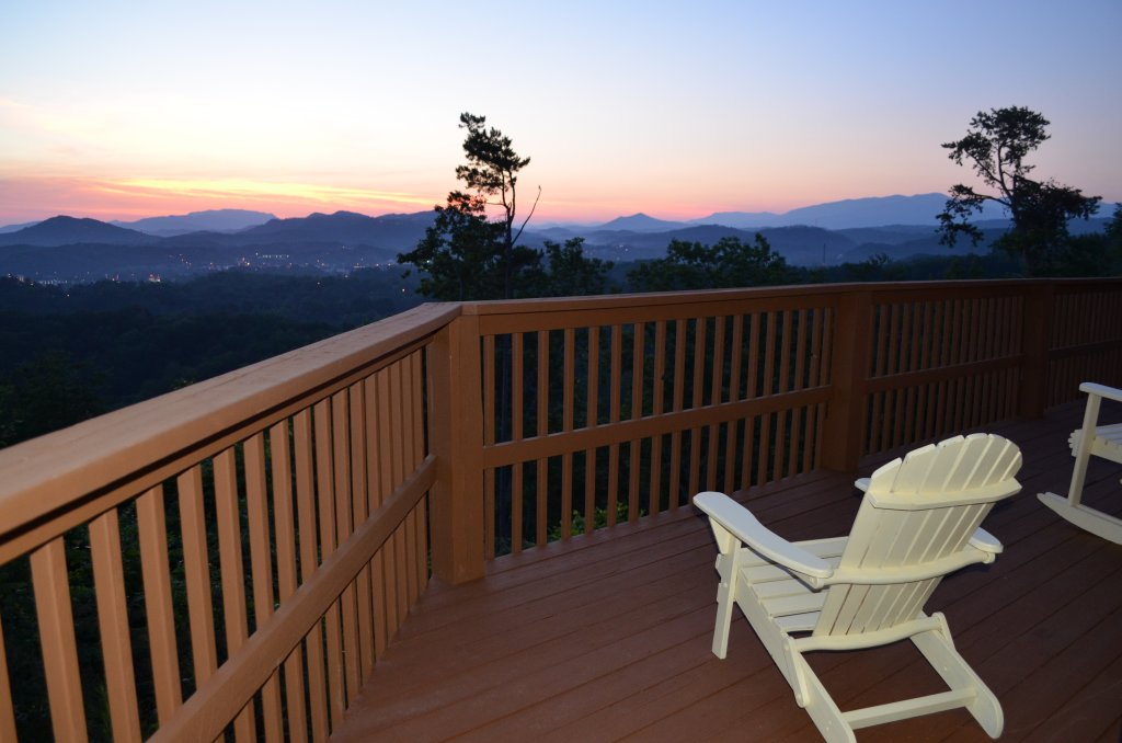 Photo of a Pigeon Forge Cabin named A Grand View From Above #225 - This is the tenth photo in the set.