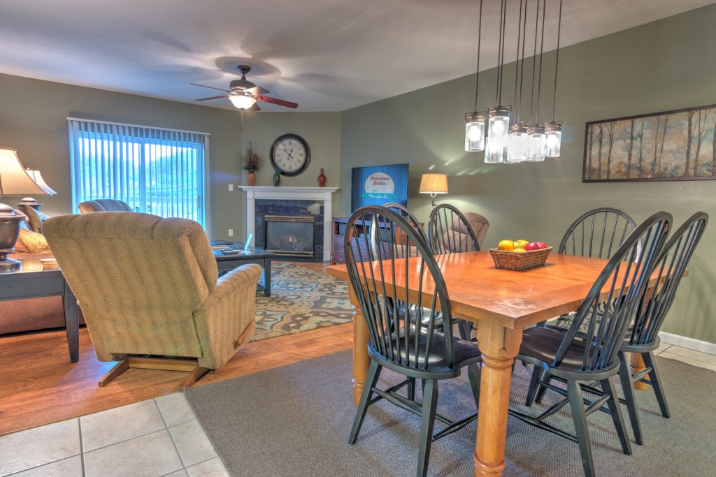 Photo of a Pigeon Forge Condo named Bear Crossing 301 - This is the first photo in the set.