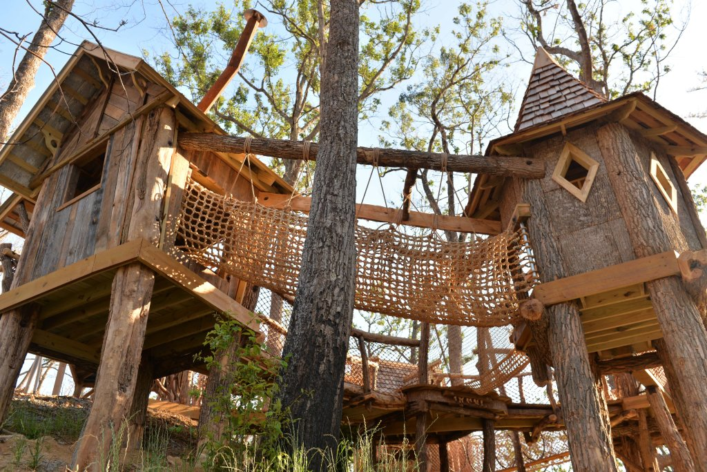 Photo of a Pigeon Forge Condo named Bear Crossing 301 - This is the twenty-second photo in the set.