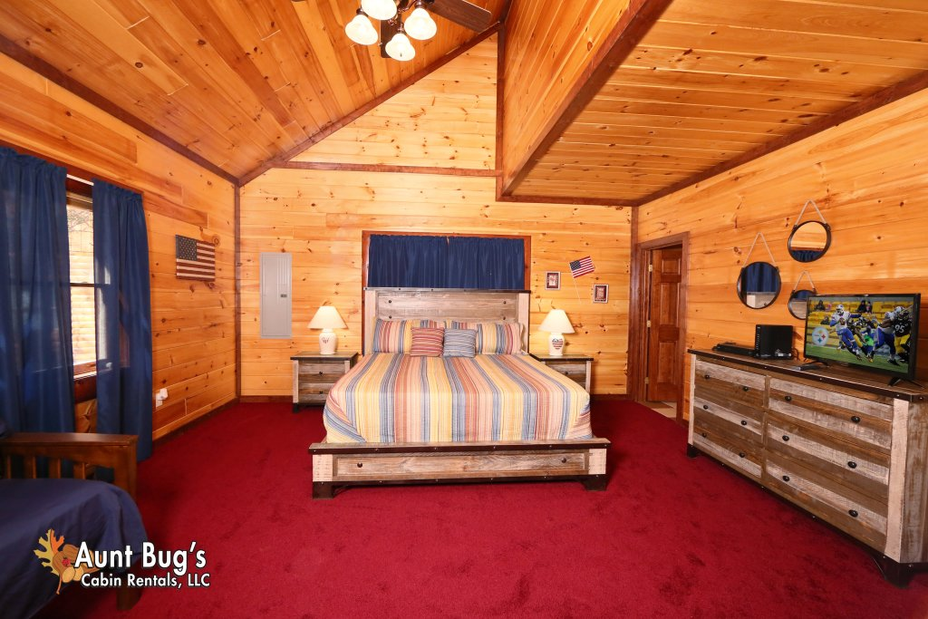 Photo of a Gatlinburg Cabin named Splash N' Play #524 - This is the twenty-fourth photo in the set.