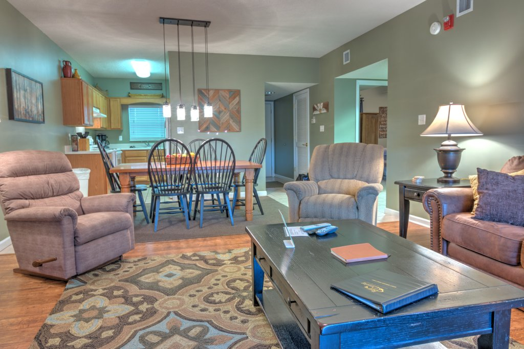 Photo of a Pigeon Forge Condo named Bear Crossing 301 - This is the thirty-fourth photo in the set.