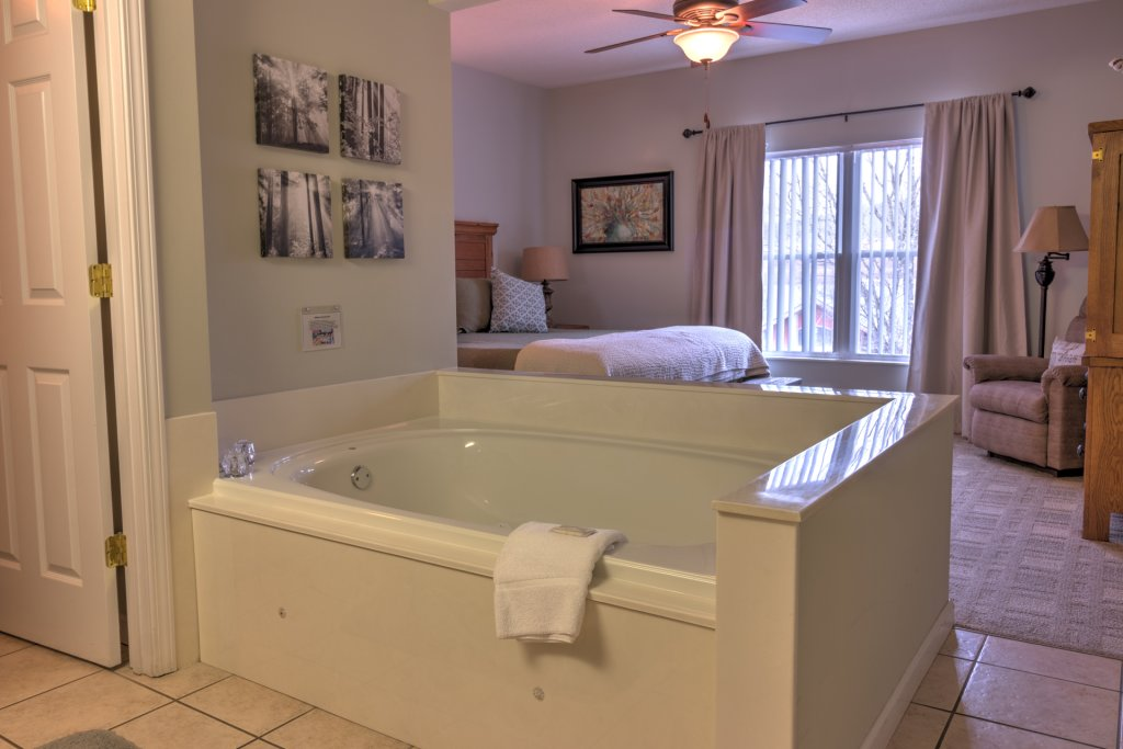 Photo of a Pigeon Forge Condo named Bear Crossing 301 - This is the fortieth photo in the set.