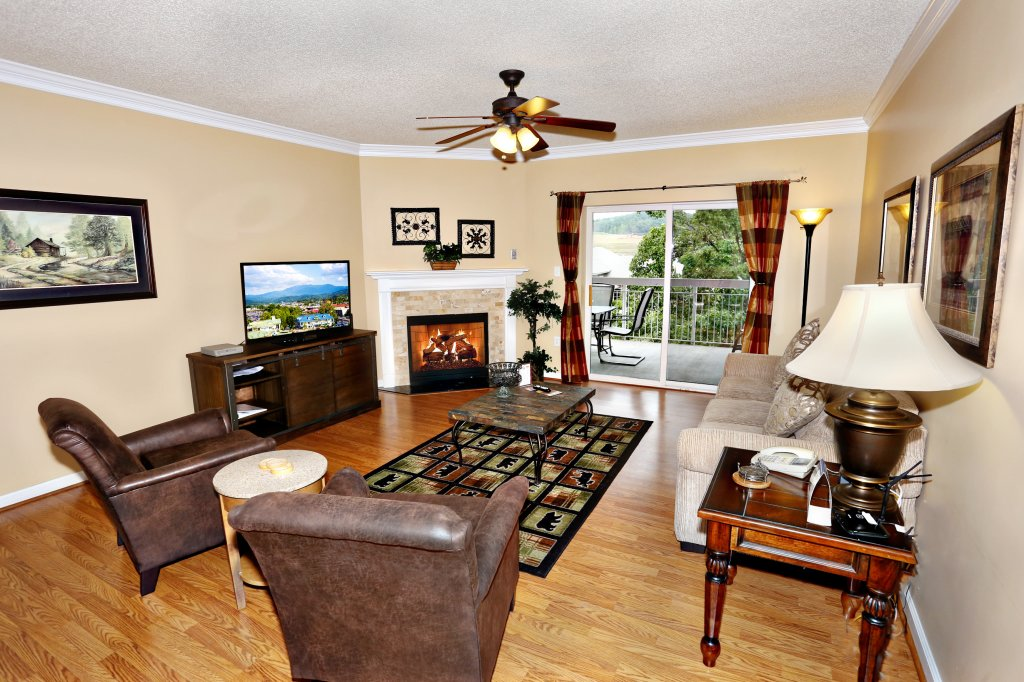 Photo of a Pigeon Forge Condo named Bear Crossing 303 - This is the first photo in the set.