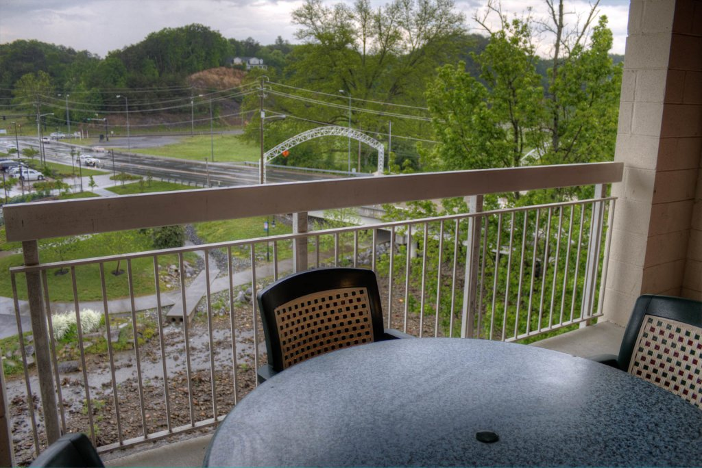 Photo of a Pigeon Forge Condo named Bear Crossing 401 - This is the fifteenth photo in the set.