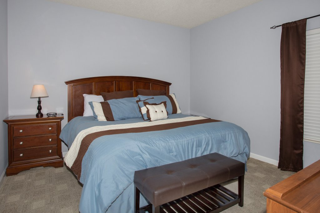 Photo of a Pigeon Forge Condo named Bear Crossing 304 - This is the forty-second photo in the set.