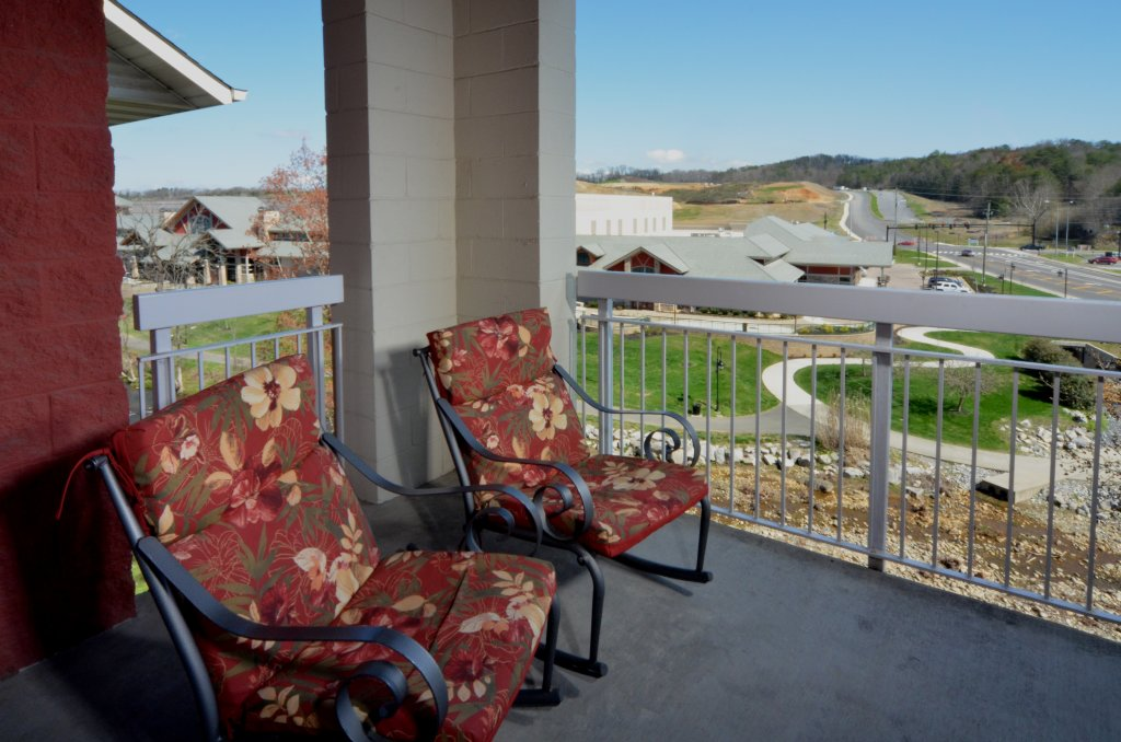 Photo of a Pigeon Forge Condo named Bear Crossing 402 - This is the fifth photo in the set.