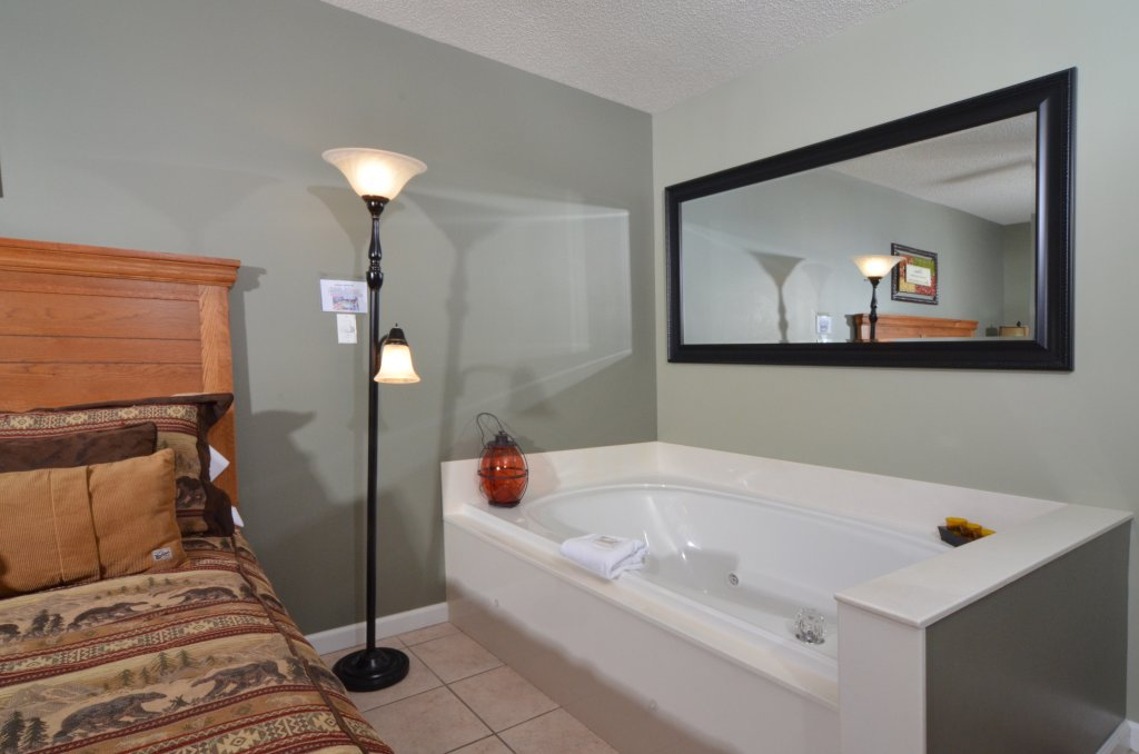 Photo of a Pigeon Forge Condo named Bear Crossing 502 - This is the forty-third photo in the set.
