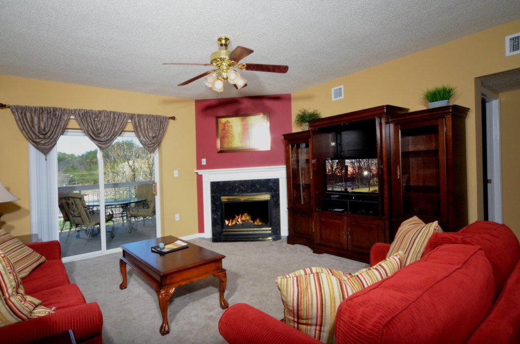 Photo of a Pigeon Forge Condo named Bear Crossing 402 - This is the twenty-first photo in the set.